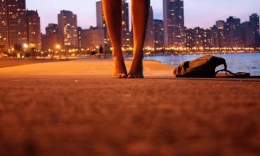 Aveţi dureri de genunchi, şold sau spate? Urmăriţi 5 exerciţii rapide pentru a scăpa ele