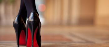 Stii la ce pericole te expui purtând pantofi cu toc înalt?