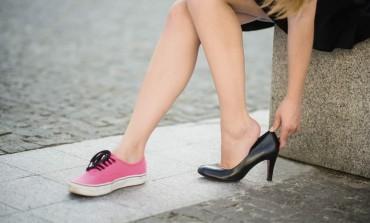 Fii atent în ceea ce priveşte alegerea pantofilor tăi - Încălţămintea nepotrivită afectează coloana