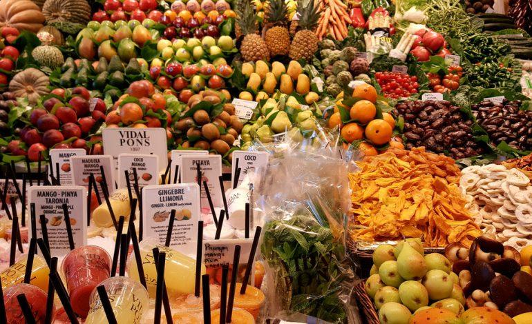 Tratamente naturiste. 8 FRUCTE capabile să lupte ÎMPOTRIVA CANCERULUI