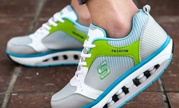 Oare pantofii maximalişti pot vindeca fascita plantară?